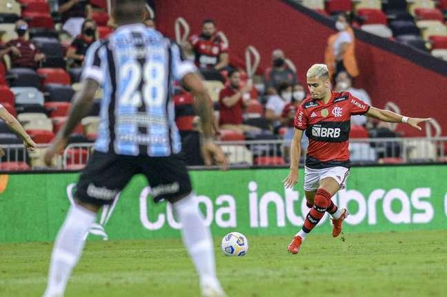 Andreas Pereira jogou os 90 minutos da partida contra o Grêmio (Foto: Marcelo Cortes/Flamengo)