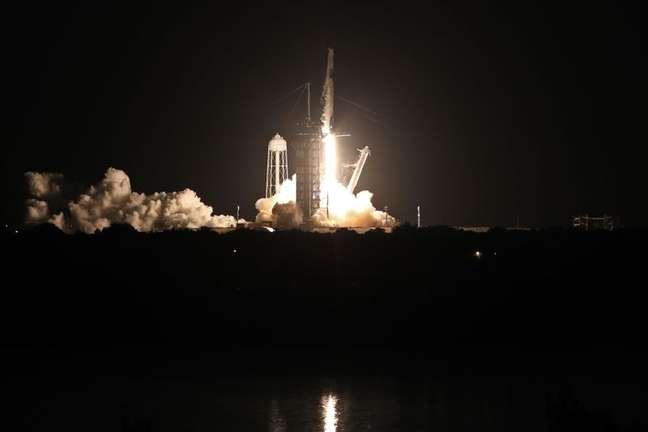 Foguete da SpaceX decola para colocar 1ª tripulação civil na órbita da Terra 15/09/2021 REUTERS/Thom Baur