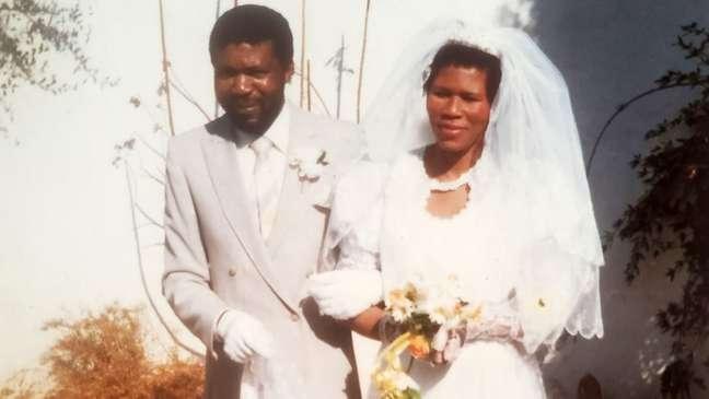 Agnes casou-se com seu namorado do ensino médio, Gideon, em 1972.