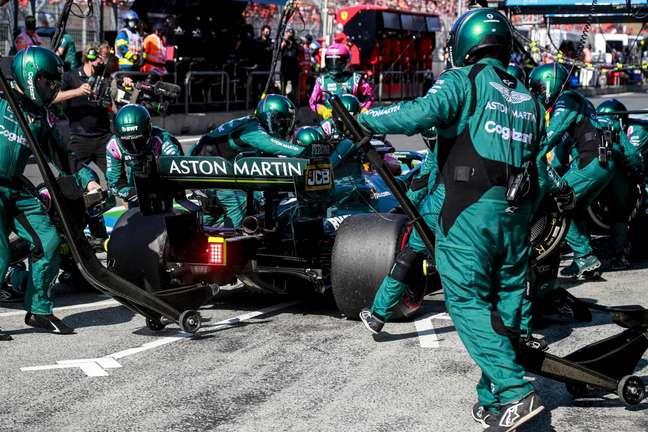 Sebastian Vettel vai ser piloto da Aston Martin em 2022