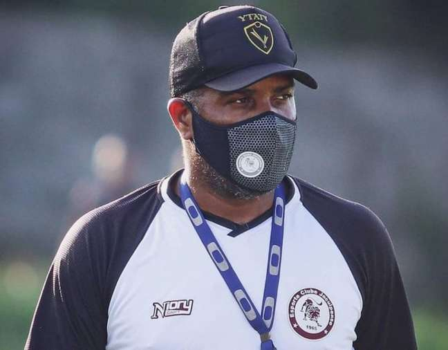 Técnico está no clube desde 2018 (Divulgação/EC Jacuipense)