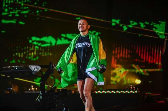 Duas brasileiras estarão em ação no programa desta sexta-feira (Foto: Divulgação/ONE Championship)