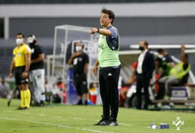 Diniz fez estreia pelo Vasco contra o CRB (Foto: Rafael Ribeiro/Vasco)