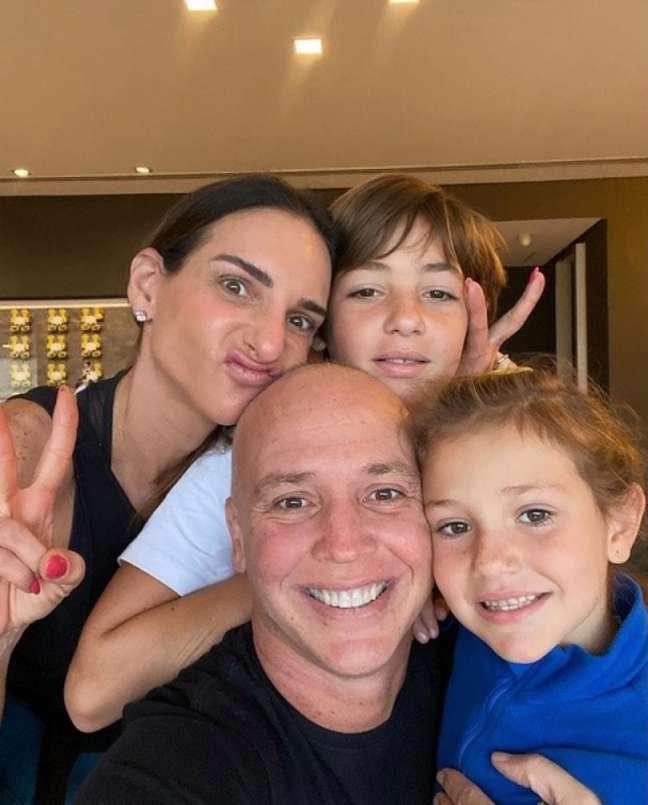 Caio Ribeiro e família (Foto: Reprodução)