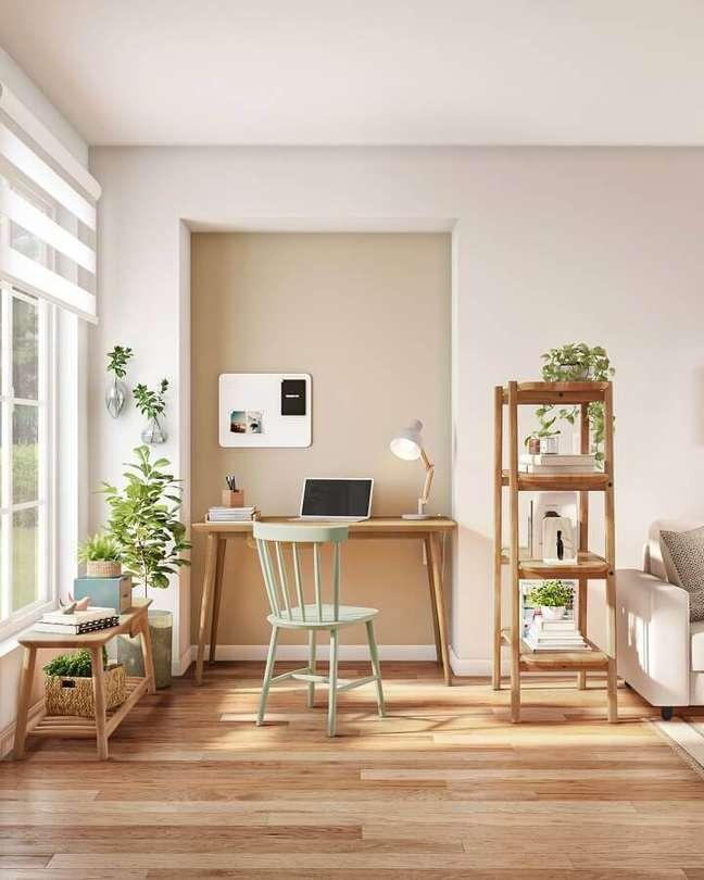2. Em um espaço com iluminação natural, o home office pode se tornar um refúgio – Foto: Tok&Stok
