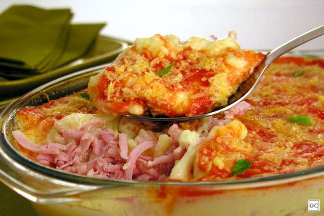 Guia da Cozinha - Nhocão recheado de forno: receita deliciosa e prática