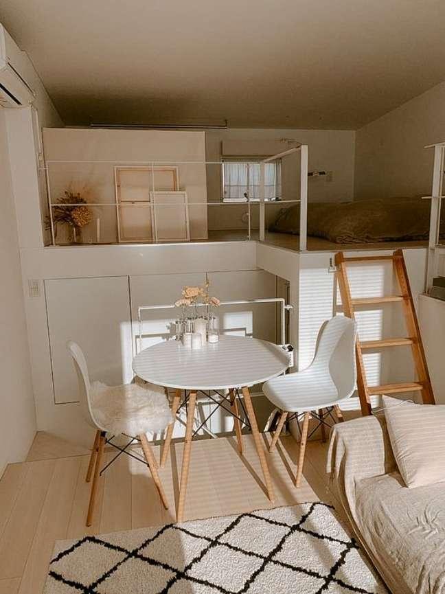 11. Casa pequena com mesa eiffel – Foto Etsy