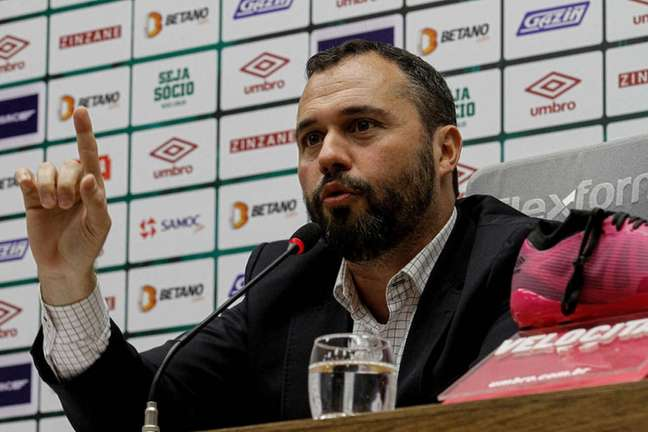Presidente do Fluminense concedeu entrevista no CT Carlos Castilho (Foto: Lucas Merçon/Fluminense FC)