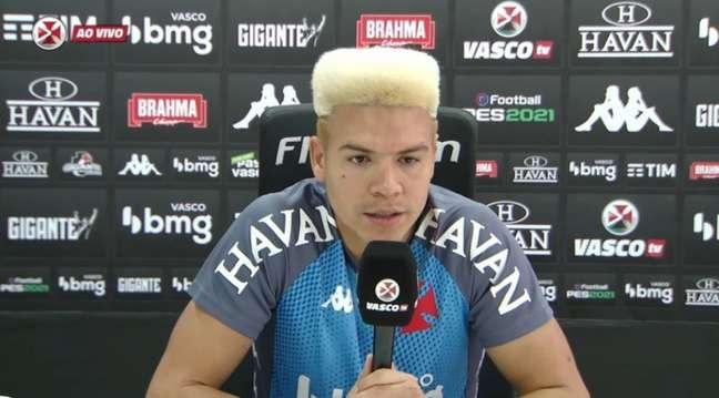 Marquinhos Gabriel vive uma temporada consistente, embora siga criticado pela torcida (Reprodução/VascoTV)