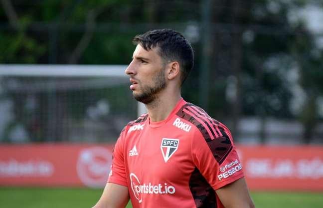 Calleri está relacionado para encarar o Atlético-GO (Foto: Erico Leonan/São Paulo FC)