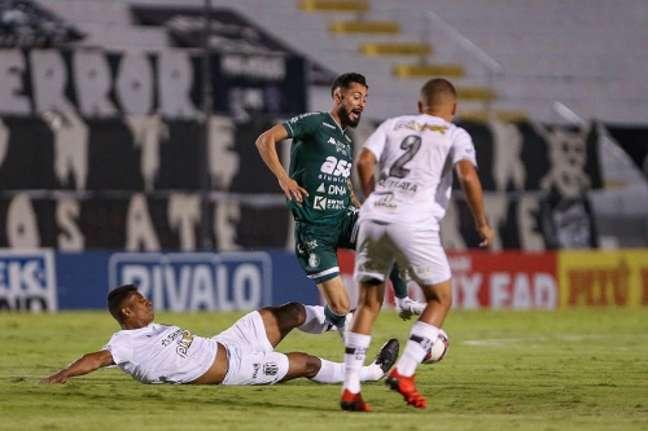 Partida disputada no Moisés Lucarelli terminou sem gols (Foto: Divulgação/Thomaz Marostegan/Guarani)