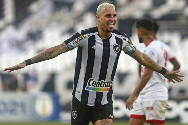 Rafael Navarro foi um dos destaques do Botafogo contra o Náutico (Foto: Vítor Silva/Botafogo)