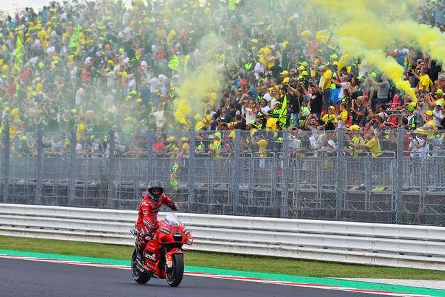 Francesco Bagnaia agora tem duas vitórias na MotoGP