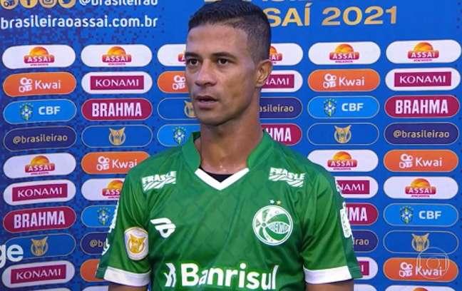 Ricardo Bueno ficou chateado com revés do Ju (Reprodução: Rede Globo)