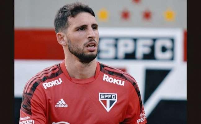 Calleri deve estrear contra o Atlético-GO, neste domingo (Foto: Erico Leonan / saopaulofc)