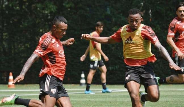 Marquinhos treinou com o elenco do São Paulo nesta segunda-feira (Foto: Erico Leonan/São Paulo FC)