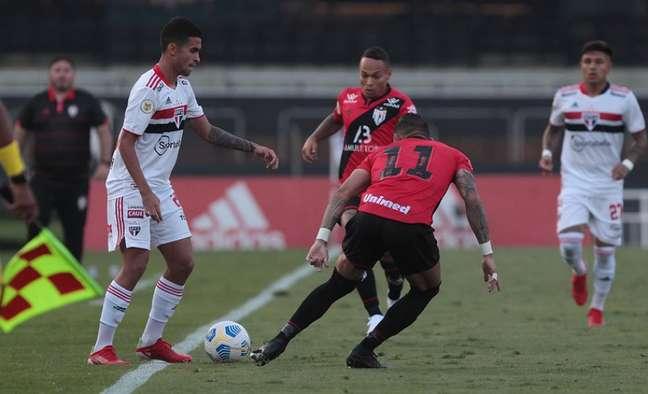 Rodrigo Nestor foi destaque em vitória do São Paulo (Foto: Rubens Chiri/saopaulofc.net)