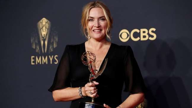 "Kate Winslet levou Emmy por seu papel na minissérie ""Mare Of Easttown"""