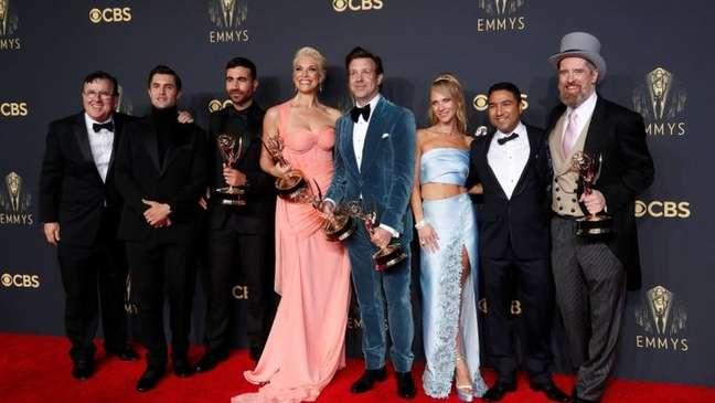 """Série de comédia """"Ted Lasso"""" levou 7 troféus Emmy ao todo neste ano"""