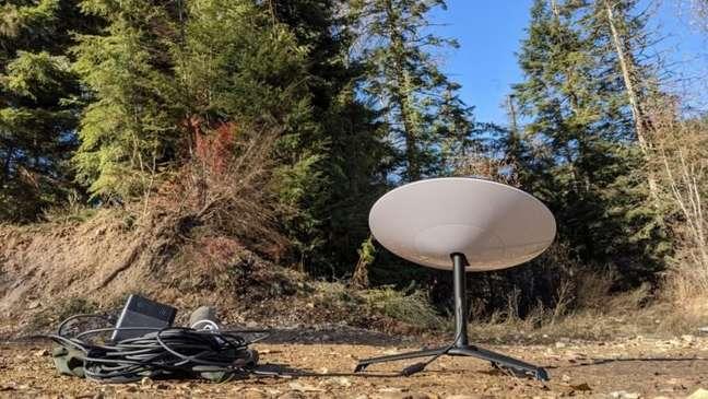 Antena para usar internet da Starlink