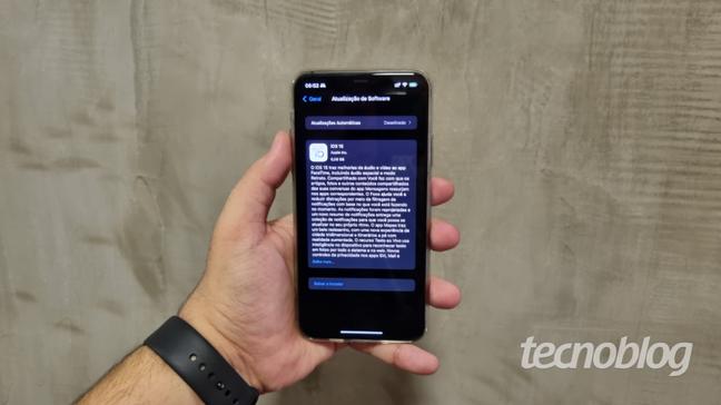 iOS 15 chega aos iPhones em setembro e traz melhorias
