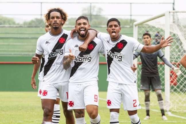 Equipe sub-20 do Vasco goleou o Ceará por 4a 0 e voltaram ao G8 do Brasileirão (Foto: Vitor Brügger/Vasco)