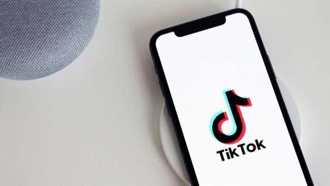 Uso do TikTok por jovens na China será limitado a 40 minutos diários