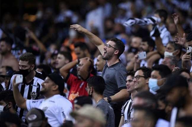 A Massa Alvinegra voltará ao estádio para apoiar o time diante do Verdão-(Yuri EDMUNDO / POOL / AFP)
