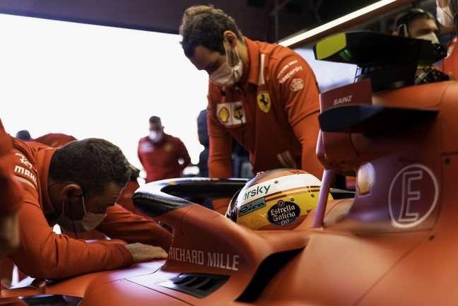 Carlos Sainz novamente andou bem e completou o 1-2 da Ferrari na Holanda
