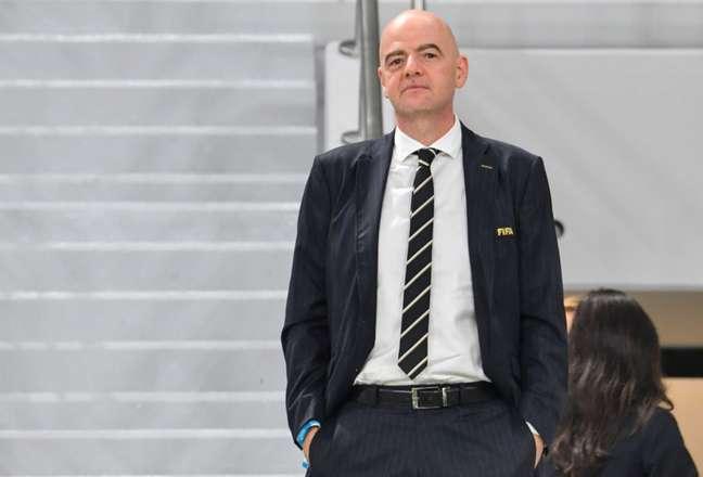 Presidente da Fifa, Gianni Infantino é o principal interessado na mudança (Foto: GIUSEPPE CACACE / AFP)
