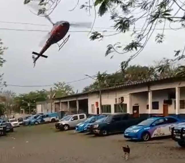 Piloto chegou a fazer uma manobra de emergência sobre um Batalhão da Polícia Militar