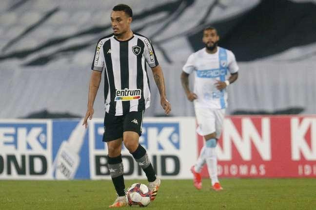 Luiz Henrique em ação pelo Botafogo (Foto: Vítor Silva/Botafogo)