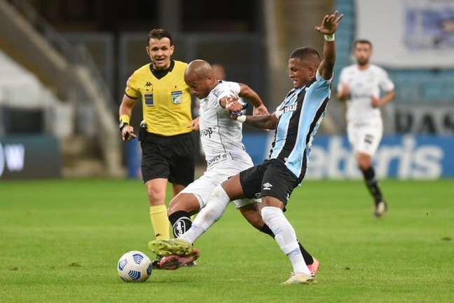 Santos e Grêmio empataram em 2 a 2 no confronto no primeiro turno (Foto: Ivan Storti/Santos FC)