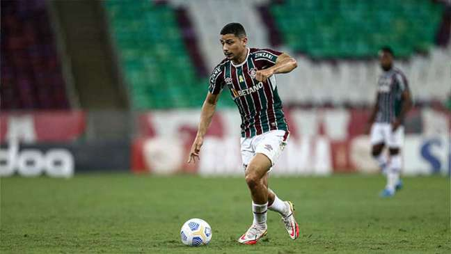 André é formado na base do Fluminense e vem sendo titular da equipe (Foto: Lucas Merçon / Fluminense FC)