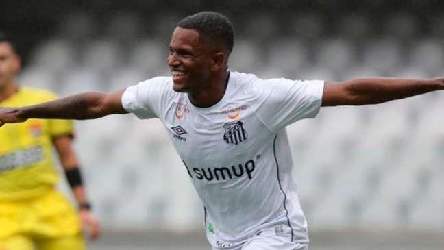 O atacante Renyer fez um dos gols do Santos contra o Primavera (Foto: Pedro Ernesto Guerra Azevedo/SantosFC)