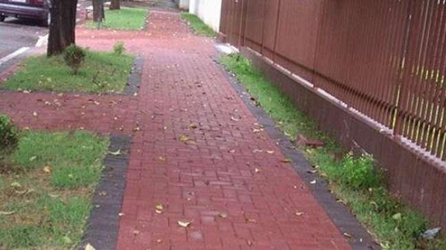 39. Piso intertravado vermelho para calçada. Fonte Grupo Ivaí