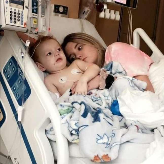 mae-filho-hospital-covid