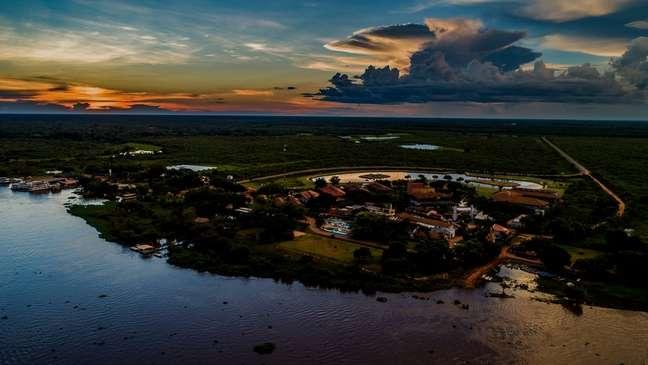 Criado em 1996, o SESC Pantanal tem hotel, spa, restaurante e até uma escola para alunos do ensino médio