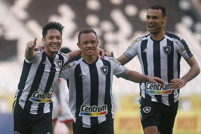 Jogadores do Botafogo comemoram (Foto: Vítor Silva/Botafogo)