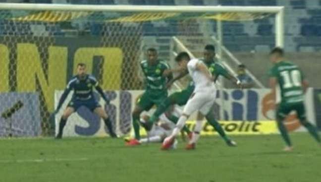 Nonato teve gol anulado no empate de Fluminense e Cuiabá, pelo Brasileirão (Foto: Reprodução)