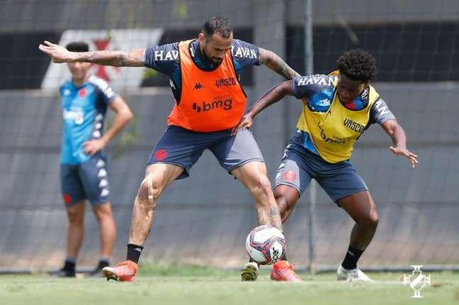 Vasco ocupa a nona colocação com 34 pontos restando treze rodadas para o fim da Série B (Rafael Ribeiro/Vasco)