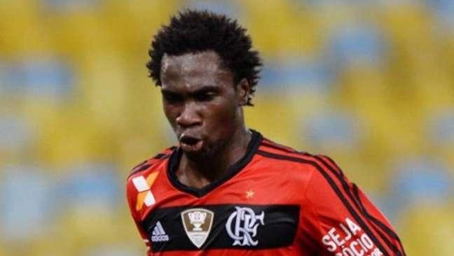 Negueba, ex-Flamengo, é um dos quatro jogadores brasileiros que ganharam cinco estrelas de finta no FIFA 22.