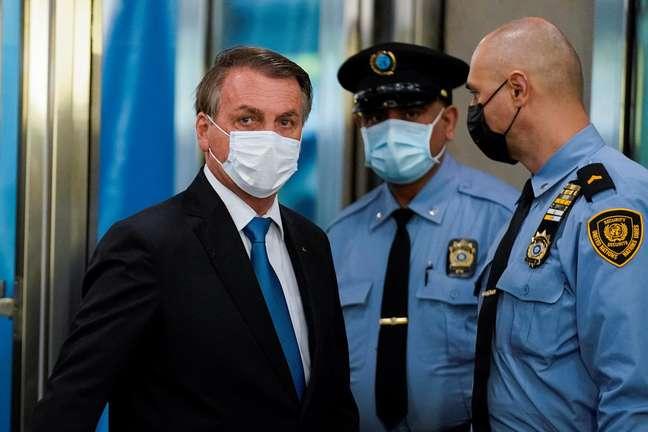 Bolsonaro chegou utilizando máscara em evento da ONU