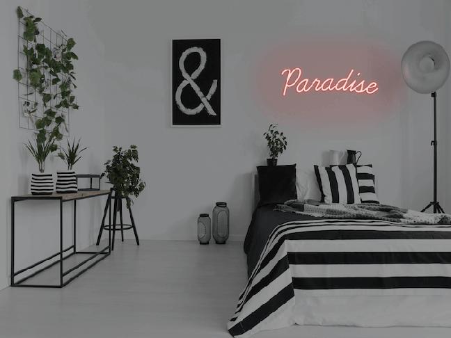 48. Transforme seu quarto neon em um verdadeiro paraíso. Fonte: Neon MFG
