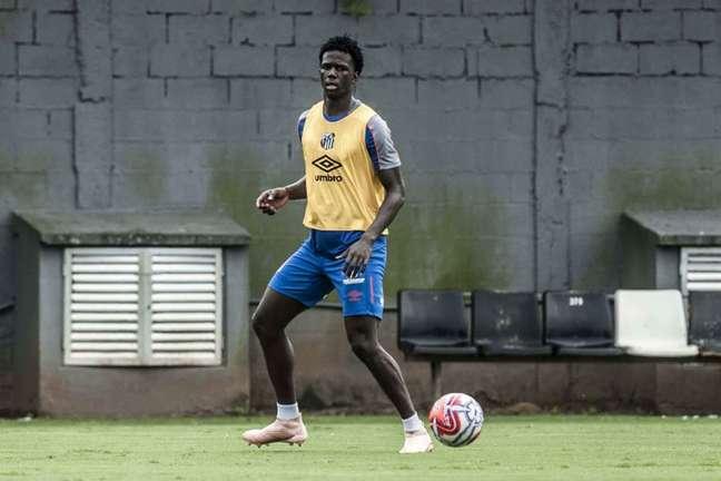 Jackson Porozo foi contratado pelo Santos em 2018, mas não chegou a atuar pelo clube (Ivan Storti/Santos)