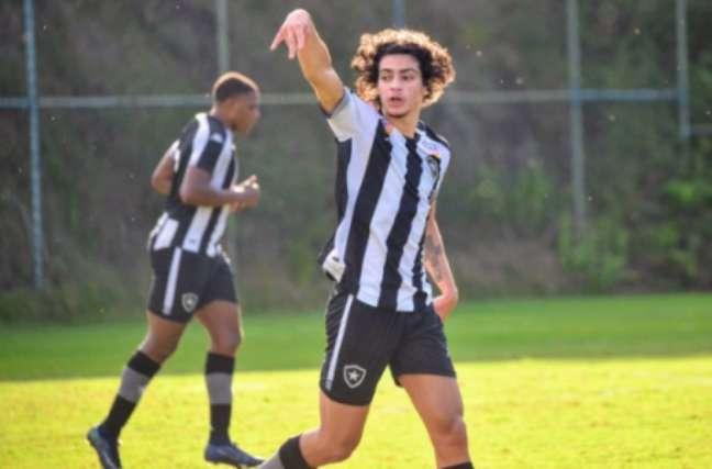 Matheus Nascimento é uma das promessas do Botafogo (Foto: Divulgação/Botafogo)