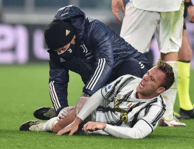 Arthur durante uma partida da Juventus contra a Atalanta