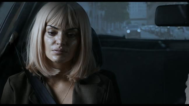 Mayana Neiva é Rose, secretária e amante do falecido Ricardo (Guilherme Fontes)