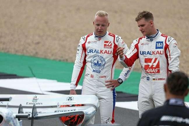 Apesar de desentendimentos, Nikita Mazepin e Mick Schumacher seguem na Haas em 2022