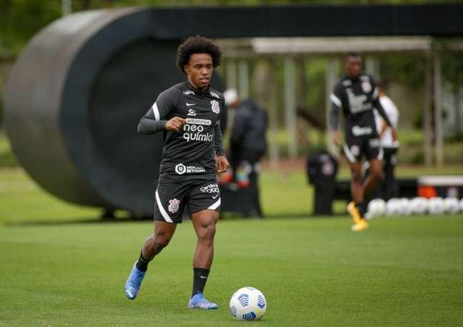 Willian elogiou a semana de preparação do Corinthians para o Dérbi (Foto: Rodrigo Coca/Ag.Corinthians)